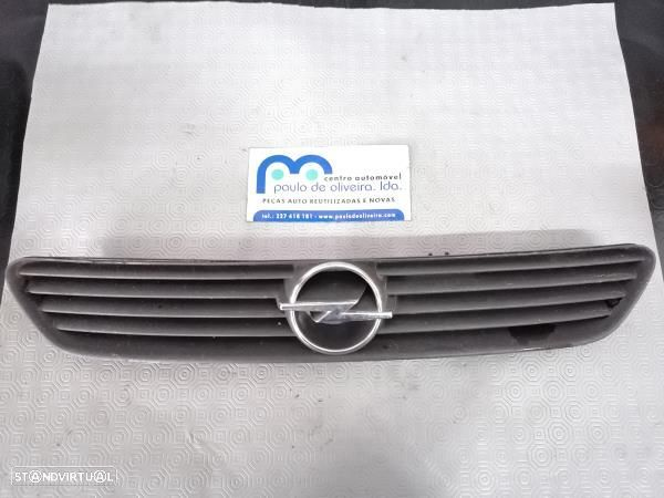 Grelha Da Frente Opel Astra G Classic (T98)