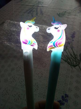 Canetas unicornio com luz de gel