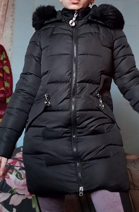 Куртка - Пуховик .Чорна з капішоном Гайсин - зображення 1