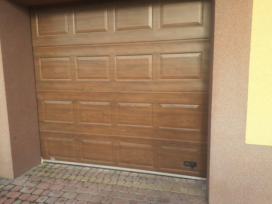 Brama garażowa segmentowa Radom - image 1