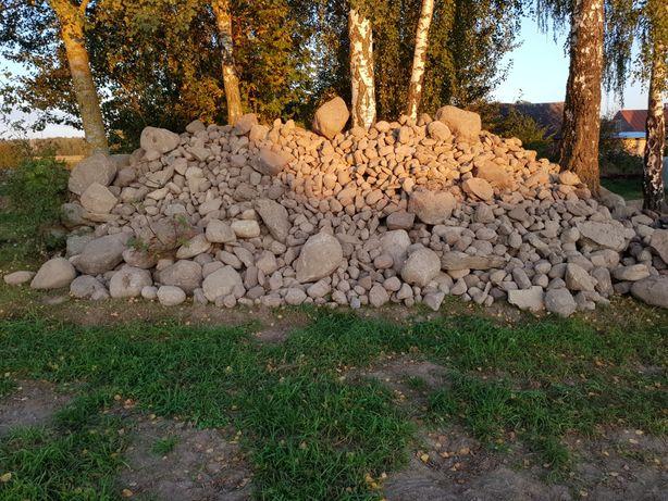 Kamienie polne