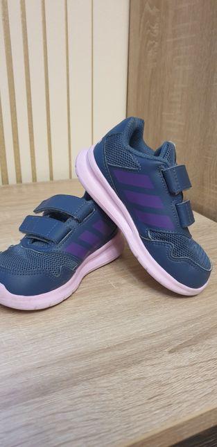 Продам дитячі кросівки adidas