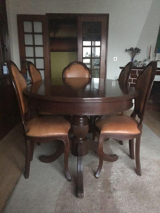 Mesa de jantar extensível + cadeiras