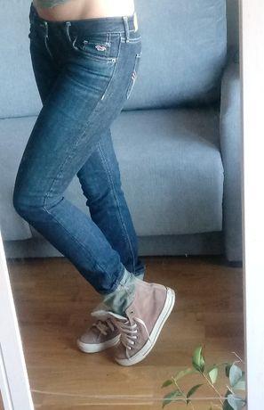 spodnie jeansy Hollister