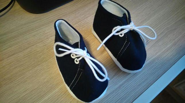 Buciki niemowlęce, buty do chrztu