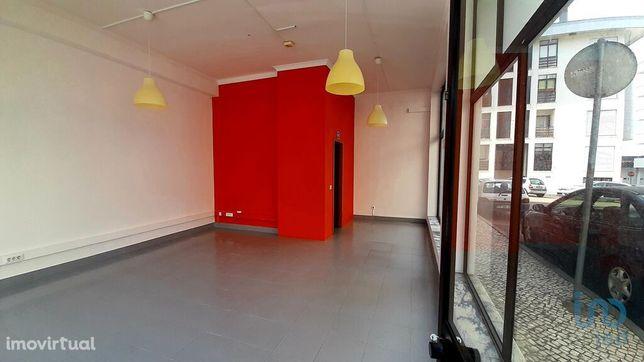 Loja - 32 m²