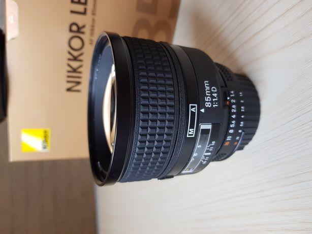 Об'єктив Nikon AF Nikkor 85mm f/1.4D. Відмінний стан