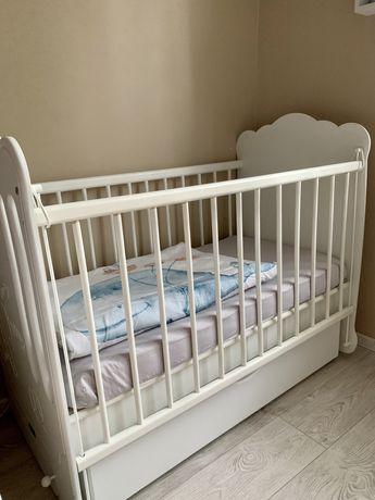 Кроватка детская маятник pinnochio