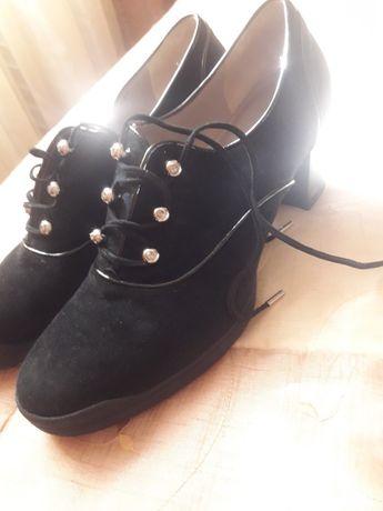 ботинки,кроссовки,кеды