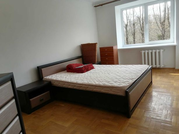 Оренда 2-х кімнатної квартири вул. Лазаренка