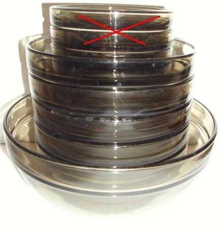 Do kolekcji Arcoroc hartowane szkło dymne: salaterki / miski. 7 sztuk.