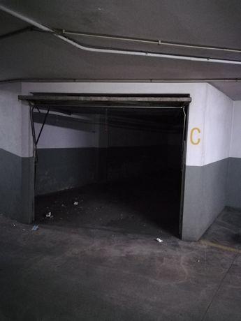 Garagem 42 m2 Raimonda