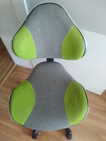 Krzesło dla dziecka, obrotowe