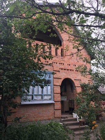 Двухэтажная дача в Петровке возле речки