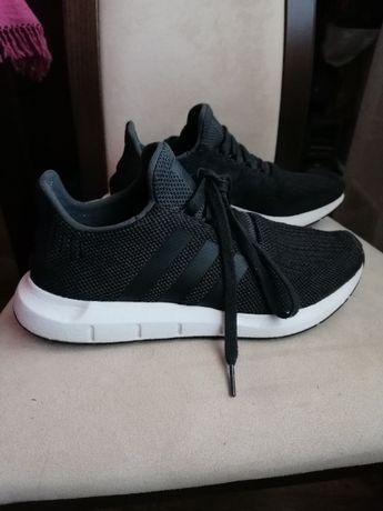 Buty męskie Adidas Orginals Swift Run r 40 2/3  25,5cm