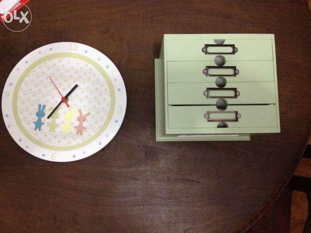 Conjunto Relógio e porta fotos de criança NOVO