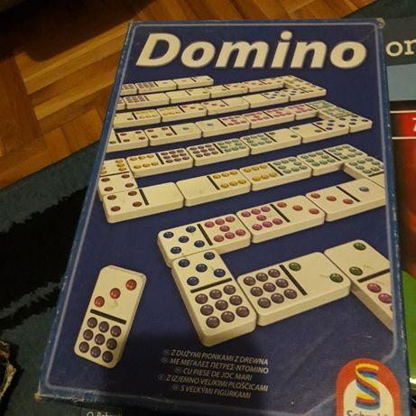 Puzzle i gry sprzedam