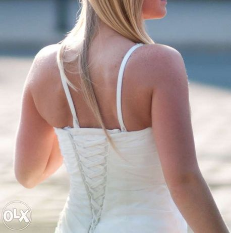 Piękna suknia ślubna z kolekcji Herms Chiani