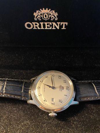 Relógio Orient Automático de Caixa Prateada