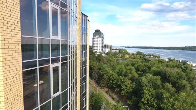 Шикарная трехкомнатная квартира в новом комплексе на Днепре