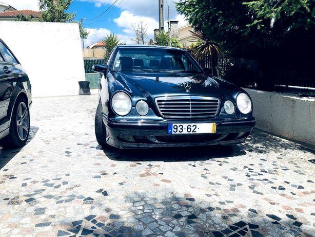Mercedes E270 CDI Avantgarde Automático