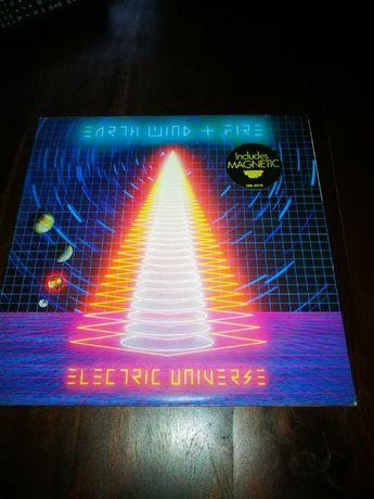 Earth Wind & Fire - Electric Universe LP