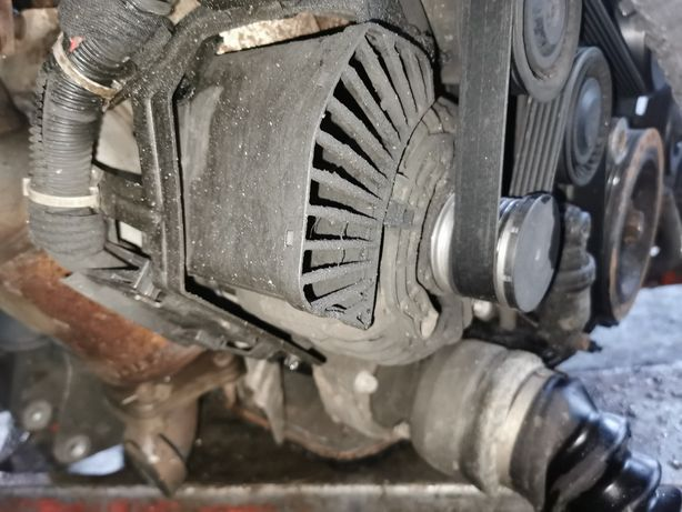 Alternator OPEL Vectra C 3.0 v6 CDTI Y30DT