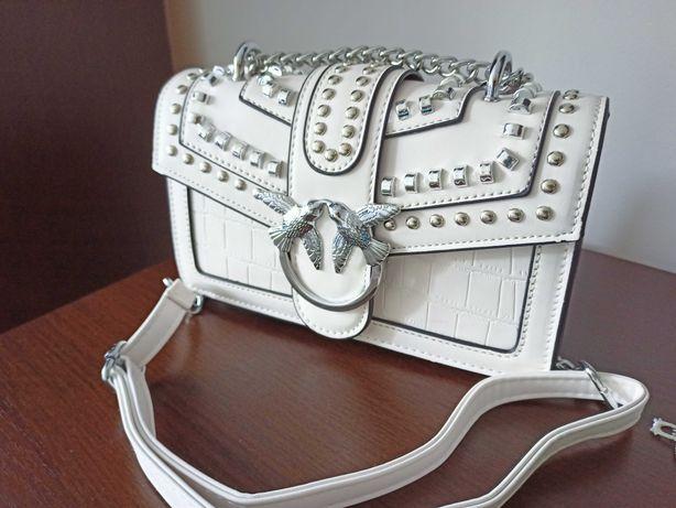 NOWA !!! Śliczna biała torebka. OKAZJA !!!