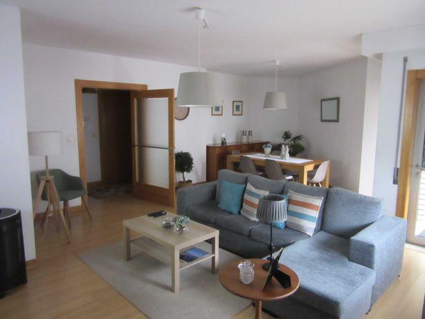 Apartamento t3 duplex em Pedrouços