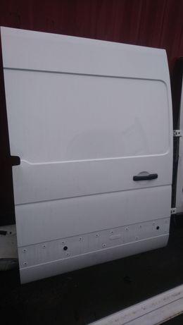 Drzwi boczne przesuwne Master III 3 Movano B NV400 białe