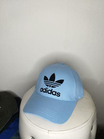 Nowa czapka   z daszkiem Adidas