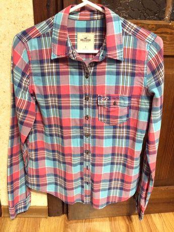 Женская рубашка фирмы Hollister