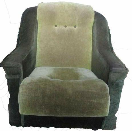 Кутовий диван та крісло