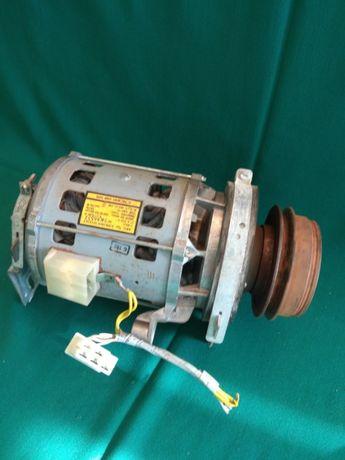 Двигатель стиральной машины AEG E/EB 130A 52/2/4T=Lavamat 2001