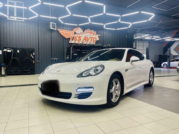 Porsche Panamera OFFICIAL 2011 3.6