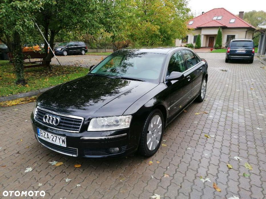 Audi A8 Нововолынск - изображение 1