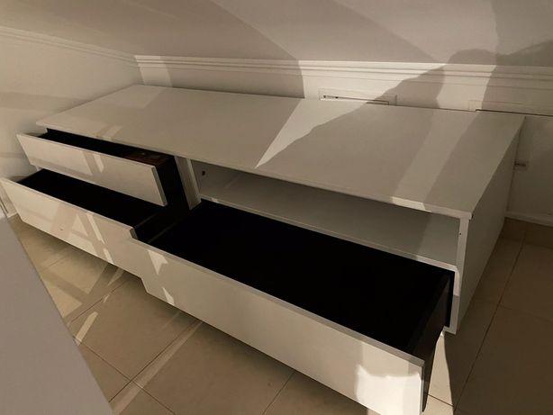 Móvel TV madeira maciça pintado de branco