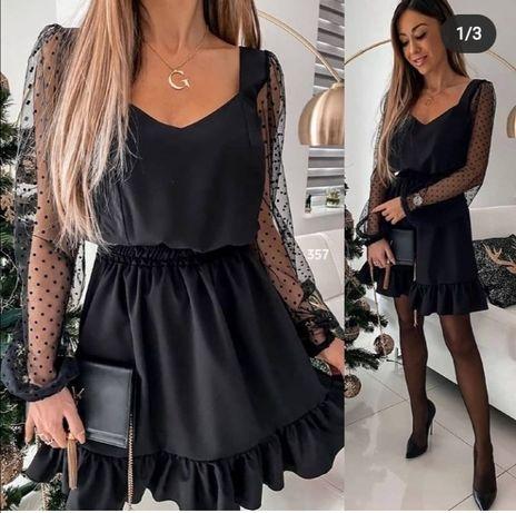 Чорне коротке плаття
