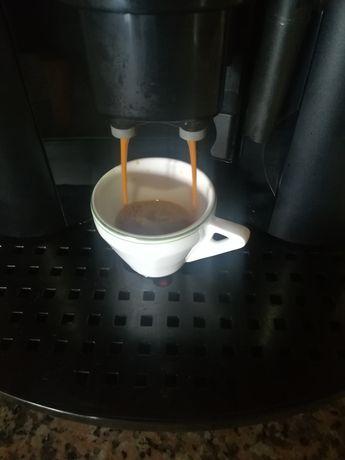 Máquina de café Delonghi Corso