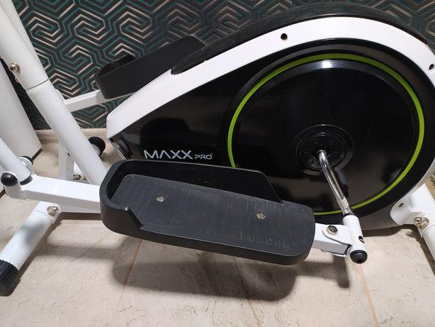 Тренажер орбитрек MaxxPro E5