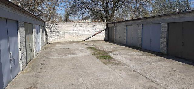 Sprzedam własnościowy murowany-garaż na osiedlu Teofilów ul.Plantowa