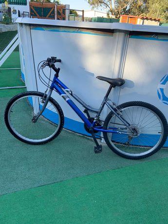 Bicicleta menina roda 24 com 18 mudanças