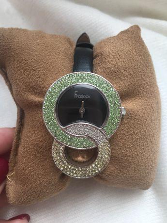 Часы Freelook