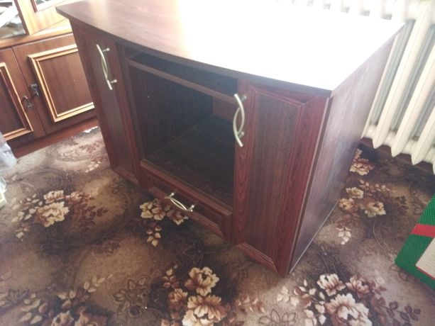 Stolik pod telewizor. Komoda, szafka