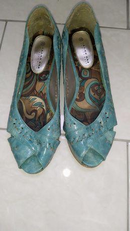 Босоножки женские, сандали