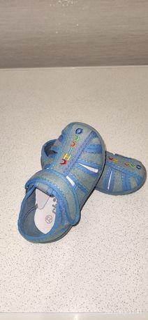 Тапочки сандали chicco оригинал 23 р.