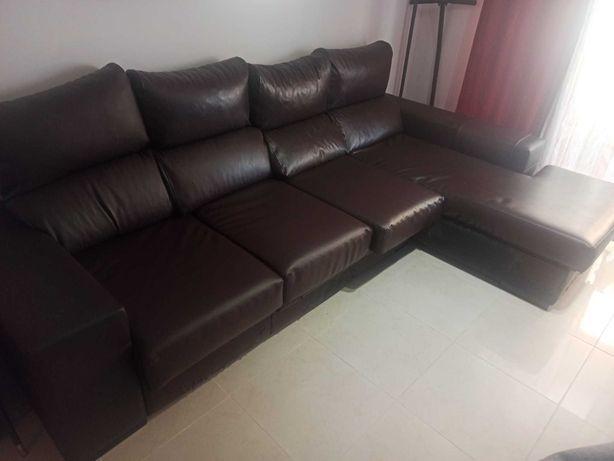 Sofá 3 lugares + Chaise longue em pele natural