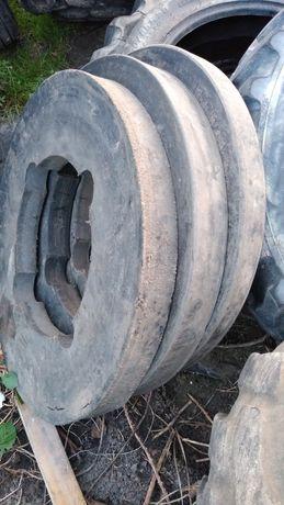 Przekładki między koła do koparki kołowej