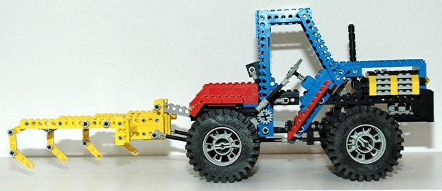 LEGO Technic 8859 Traktor z 1981