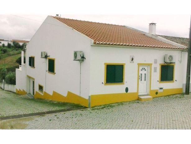 Moradia V3 em Vila Alva